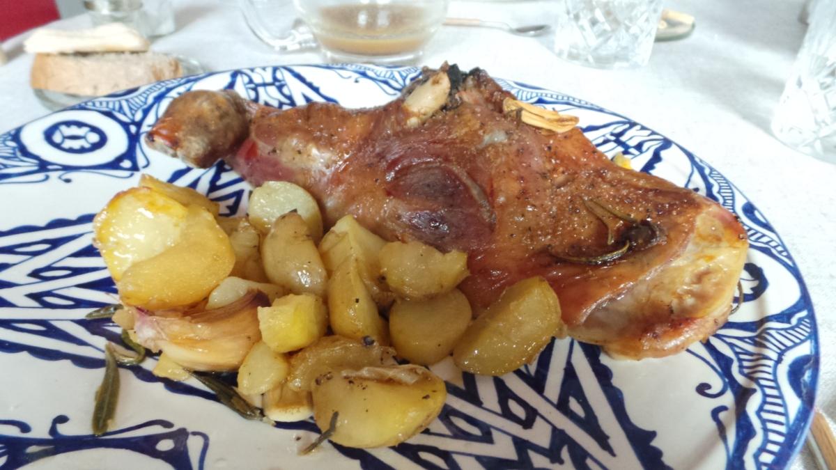 Cordero al horno con patatas yromero