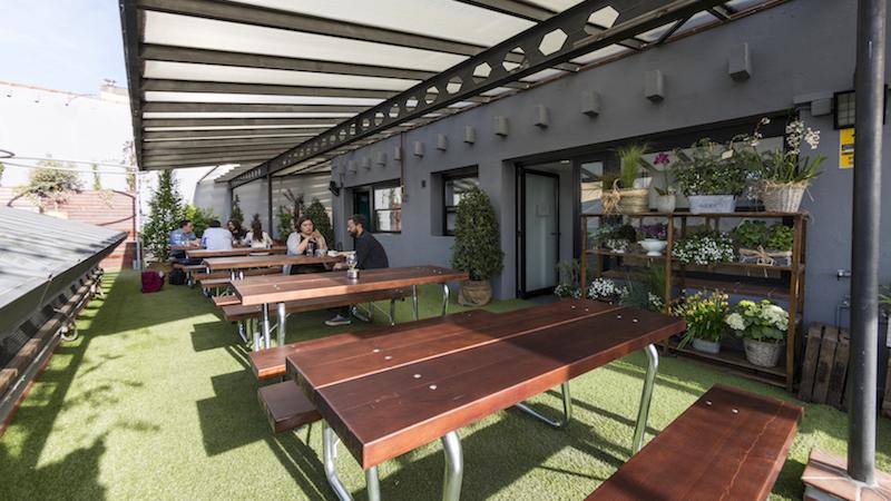 El-Paracaidista-restaurante-terraza